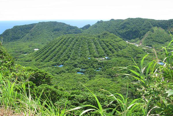 aogashima-island 2