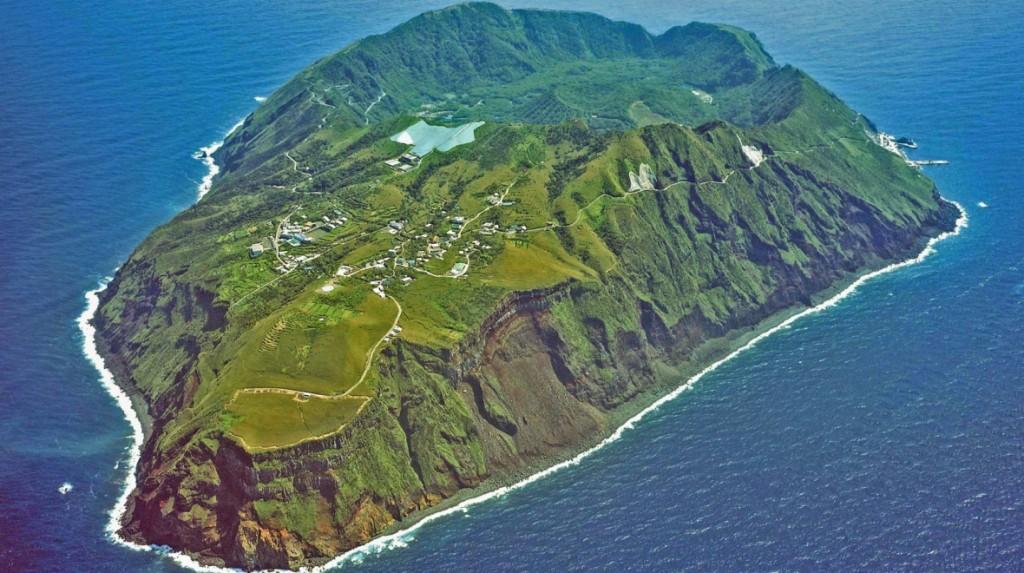 aogashima-island 4