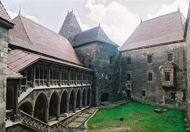 castel hd 8