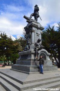 PUNTA ARENAS - MAGELLAN STATUE