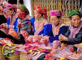 VIETNAM - Red Dao tribe