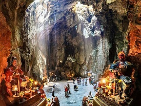 VIETNAM - Marble Mountain