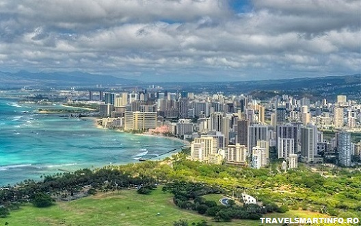 HONOLULU - Diamond Head view