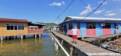 Kampong Ayer – satul plutitor. Pe strazi.