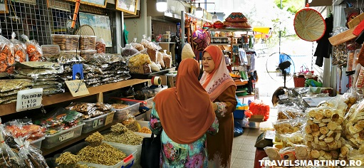 Brunei. Piata Tamu Kianggeh.