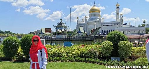 Moscheea Omar Ali Saifuddien. Vedere exterioara.