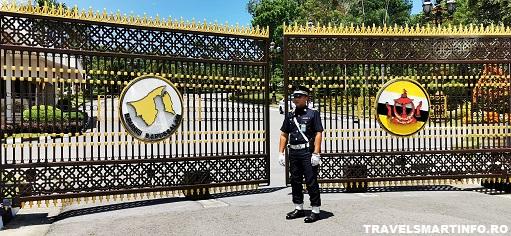 Welcome to Brunei - Palatul Istana Nurul Iman Darussalam
