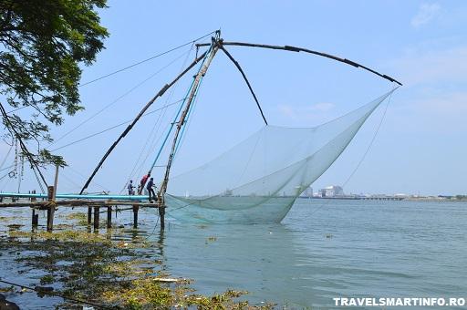 Plasele de pescuit chinezesti din Fort Cochi