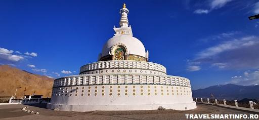 Shanti stupa - vedere de pe platforma