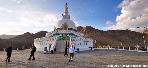 Shanti stupa - apus