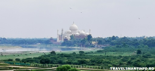 Taj Mahal - imprejurimi