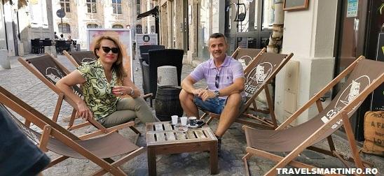 La o cafea pe strazile din Rouen