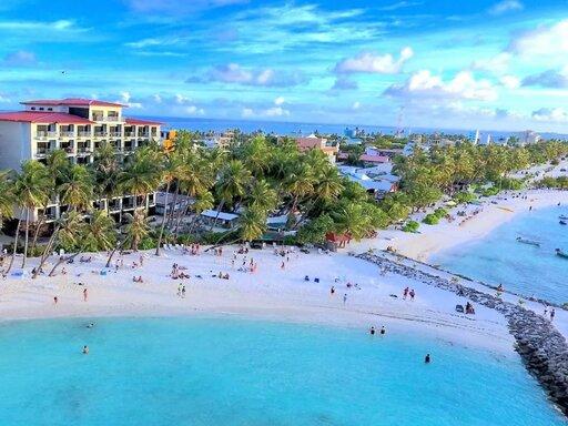 Kaani Grand Seaview Maafushi 4* - Paste 2021 - Sejur plaja Maldive